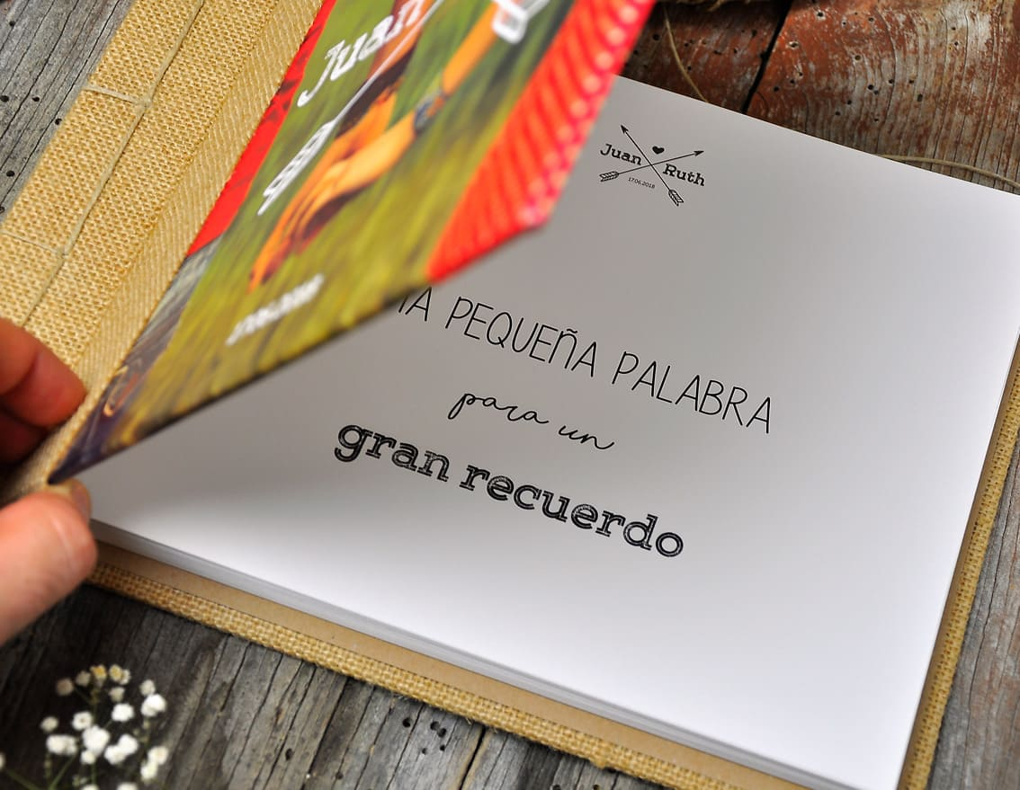 libro-firmas-boda-juntos-were-rock-08