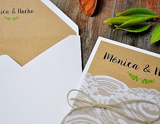 "Invitación de boda ""WITH YOU HASTA LA LUNA"""