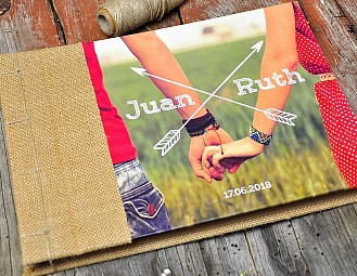 "Libro de firmas ""SOLO YOU AND ME"""